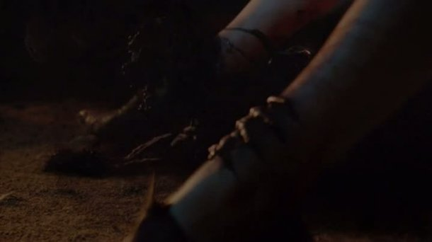 Game Of Thrones Garden Of Bones The Night Is Dark And Full Of Terrors Medialey